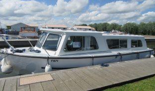 Hampton Safari Mk 2 - Calypso - 4 Berth Inland Cruiser