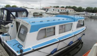 Hampton - Kingfisher Blue - 4 Berth Inland Cruiser