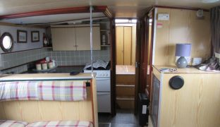 Powles 42 - Brud - 6 Berth Inland Cruiser