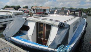 Powles 42 - Brud - 6 Berth Inland Cruiser