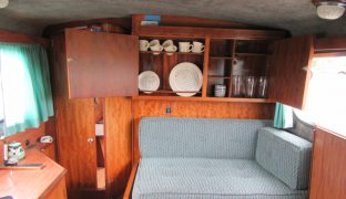 Freeman 22 - Adrianne - 4 Berth Inland Cruiser