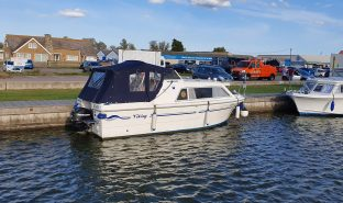 Viking 20 - Amberley - 4 Berth Motor Cruiser
