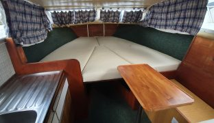 Bounty 27 - Glittering Waters - 2 Berth Inland Cruiser