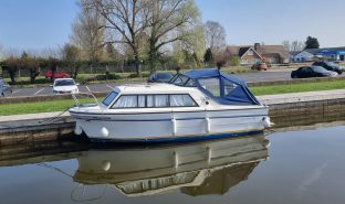 Viking 20 - Alarene - 4 Berth Inland Cruiser