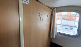 Alphacraft 42 - Broadsway - 8 Berth Inland Cruiser