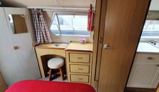 Alphacraft 34 - Swordfish - 4 Berth Inland Cruiser