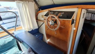 Bourne 35 - More Folly - 6 Berth Broads Cruiser