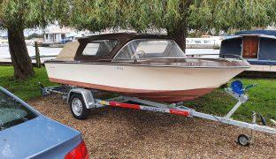 Broom Scorpio - Kymbo - 4 Berth Motor Boat