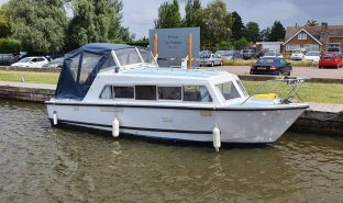 Eastwood 24 - Tokouru - 2 Berth Inland Cruiser