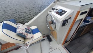 Bounty 27 - Grey Goose - 2 Berth Inland Cruiser
