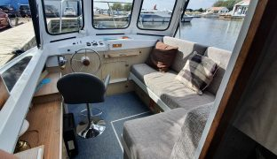 Hampton Safari - Xena - 4 Berth Inland Cruiser