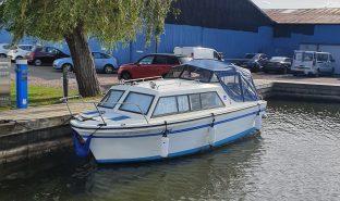 Viking 20 - 1st Up Makes Tea - 4 Berth Inland Cruiser
