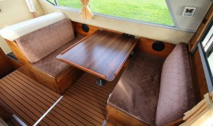 Bounty 27 Sedan - Grayling - 4 Berth Inland Cruiser