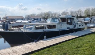 Dutch Steel Cruiser - Seafire - 6 Berth Steel Boat