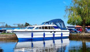 Bounty 27 - Glimmering - 2 Berth Inland Cruiser