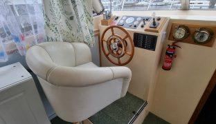 Westward 38 - Dream Time - 4 Berth Inland Cruiser