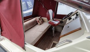 Shetland 4+2 - Skipper - 4 Berth Motor Boat