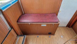 Broom Skipper - Genesis - 4 Berth Inland Cruiser