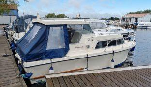 Birchwood 22 - Summer Daze - 4 Berth Motor Boat